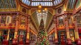 ☺♥ Christmas tree in Leadenhall Market, London...