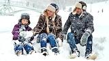La familia en la nieve