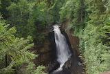 Cascade au Parc National Voyageurs -Minnesota