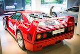 ^ Ferrari F40