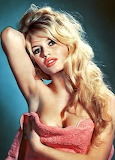 Brigitte Bardot photographed by Sam Levin (1959)