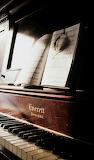 Piano4