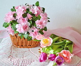 basket of pink