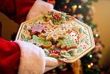 Santa-hands-cookies