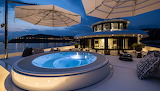 forward-deck-jet-pool-and-sunbathing