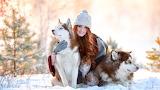 Junto a los perros