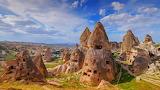 Cappadocia Turkey SeussianLandscape EN-US2146844247 1920x1080