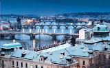 Les Ponts de PRAGUE la nuit