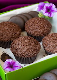Chocolate sprinkles cupcakes
