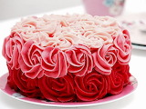 Rotate the ombre cake @ Dr. Oetker