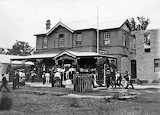 Woy Woy Hotel in the early 1900s CCLS Collection