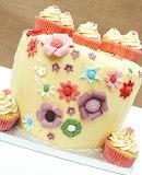 Flowery cake @ Mariana Pugliese