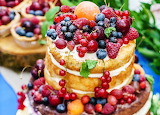 Naked fruits cake
