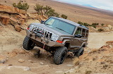 2006-jeep-commander-wheeling
