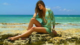 Beach fashion-Ana Beatriz Barros