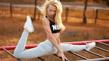 Yoga Blonde
