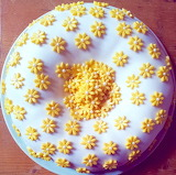 Rotate the sugar flowers @ Around the World in Eighty Bakes