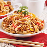 Nouilles-udon-au-poulet-a-la-sauce-teriyaki