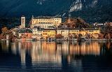 Mar, ciudad y montañas