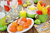 Holidays Easter Tulips Candles Rabbits Wood planks 544117 1280x8