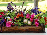 Flower-arrangements-for-spring-lovely-decorate-with-flowers-for-