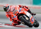 Team-Ducati-rider-Andrea-Dovizioso-in-action 2
