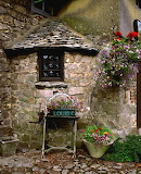 english-cottage_avebury_england