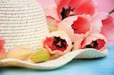 Tulips Flower-bud Hat