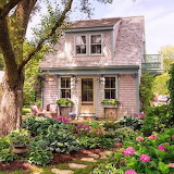 #Charming Cottage with Garden
