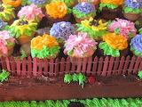 ^ Cupcake garden