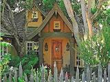 Cottage-house-whimsical-cottage-home-designs-lrg-9ebf7f9f5860e25