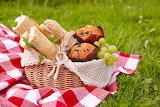 Bread Sandwich Grapes Pound Cake Picnic Wicker 562942 1280x853