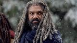 The-Walking-Dead-S09E16-Ezekiel-Gene-Page-AMC