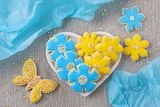 A flowers-cookies-sweet-blue