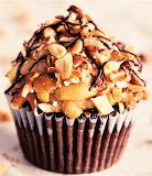 #Chocolate Peanut Butter Pretzel Cupcakes