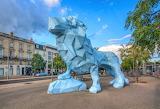 Blue lion sculptor Xavier Veilhan Bordeaux place Stalingrad