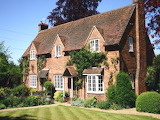 English-country-cottage-home-stone-english-cottage-garden-lrg-7b