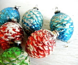 Christmas-glass-vintage-ornaments