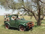 Hunting-africa-jeep-sport-man-boy-nature