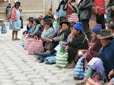Peruvian women in market