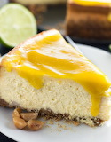 Mango cheesecake with mango glaze