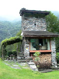 Cabins - Made of stone - Italy