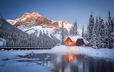 cottage-Canadian rockies