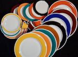 Разноцветная посуда