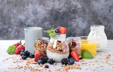 healthy food-yogurt & fruits