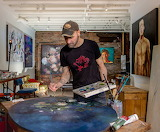 Stevnn Hall in his studio
