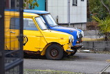 Old-cars-yellow-blue