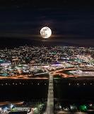 Wenatchee Washington full moon