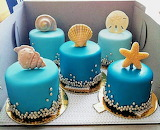 Starfish mini cakes