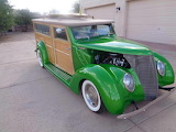 1937 Ford Super Deluxe Woodie Wagon